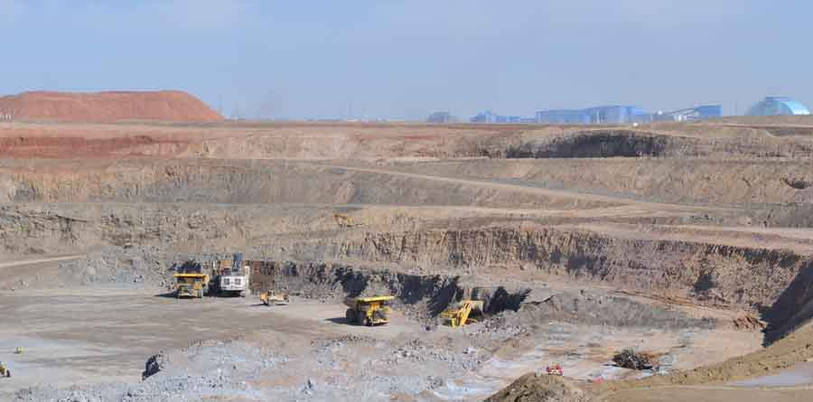 Pit stripping and excavation activity at Turquoise Hill Resources' Oyu Tolgoi copper-gold project in Mongolia's South Gobi dessert. Sources: Turquoise Hill Resources