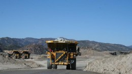 Trucks at Capstone Mining's Pinto Valley copper mine in Arizona, 125 km east of Phoenix. Credit: Capstone Mining