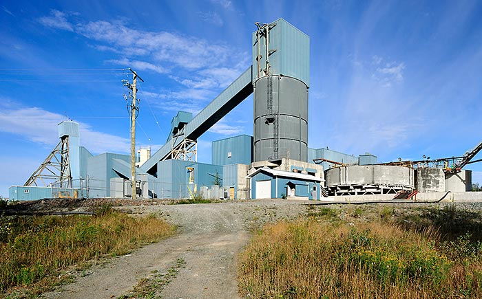 A headframe and mill at the Black Fox gold mine in Ontario. Source: Primero Mining