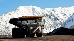 A mining truck at Teck's Coal Mountain project in southeastern British Columbia. Credit: Teck Resources.