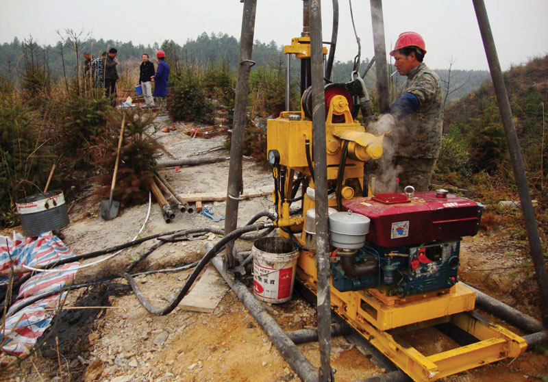 A driller working on the Quankeng vanadium property in Jiangxi province. Credit: Sparton Resources.