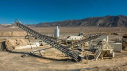Pershing Gold's Relief Canyon heap-leach gold mine near Reno, Nevada. Credit: Pershing Gold.