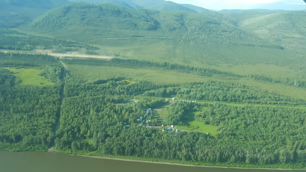 Flying into the Coffee gold camp 130 km due south of Dawson City. Credit: Matthew Keevil.