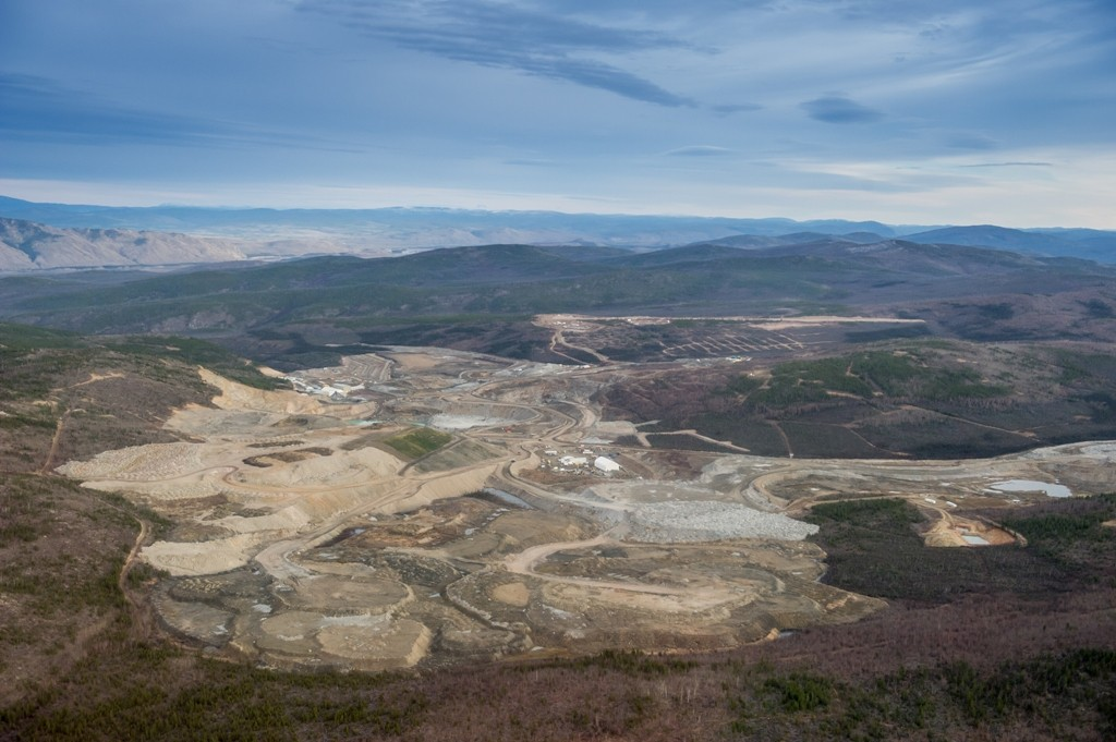 An aerial view of Capstone Mining's Minto copper-gold-silver mine in the Yukon, as seen in 2014. Credit: Minto Mining.