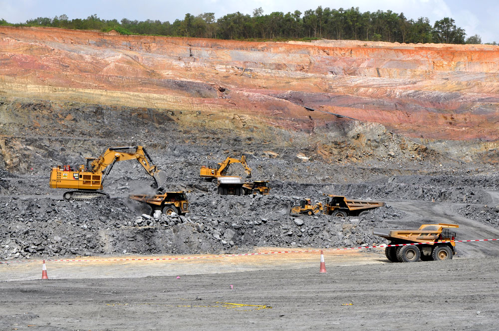 Mining operations at the Nkran open pit. Credit: Asanko Gold.