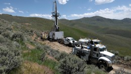 Drill rigs at the Pinion project in Nevada during the 2015 exploration campaign. Credit: Gold Standard Ventures.