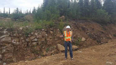 Victoria Gold's executive vice-president Mark Araynto explains how the new Olive resource fits into the Eagle mine plan. Photo by Matthew Keevil.