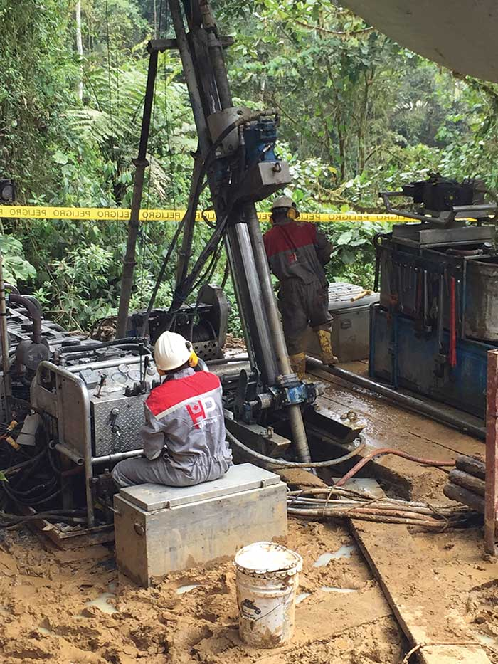 Drillers at Lumina Gold's Cangrejos gold project in southwest Ecuador's El Oro province. Credit: Lumina Gold.
