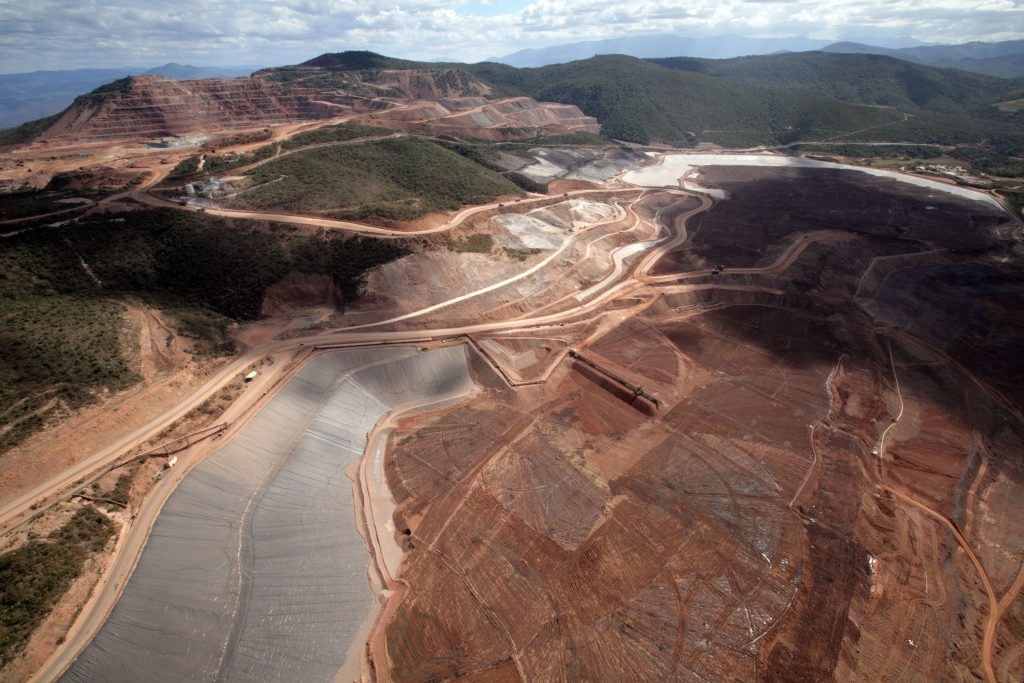 The Los Filos mine cranked out 194,000 oz. through the first nine months of 2016 at all-in sustaining costs (AISC) of US$854 per oz. Credit: Leagold Mining.