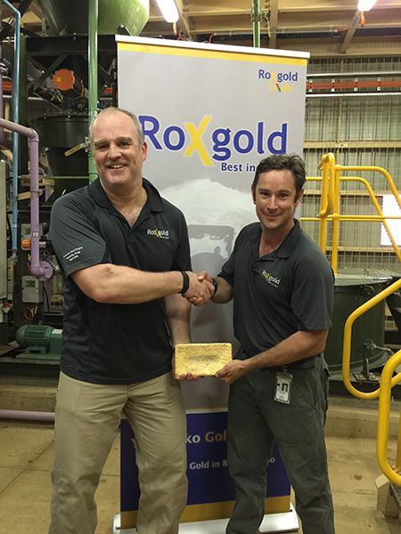 John Dorward (left) and Paul Criddle celebrating the first gold pour at Roxgold's Yaramoko gold mine in Burkina Faso. Credit: Roxgold.