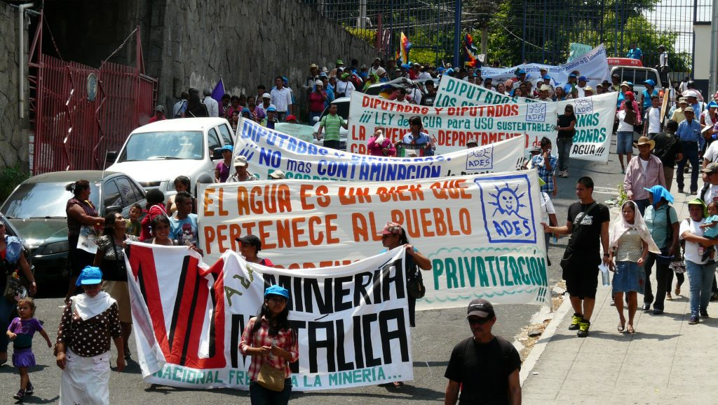 """Anti-mining protests in El Salvador in September 2014, dubbed the """"International Month of Action Against Mining in El Salvador."""" Credit: elsalvadorsolidarity.org."""
