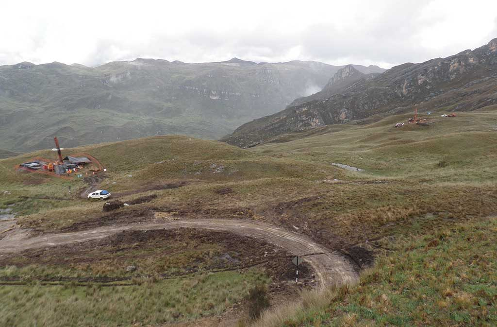 Two drill rigs at the Ayawilca zinc property, 300 km east of Lima, Peru. Credit: Tinka Resources.