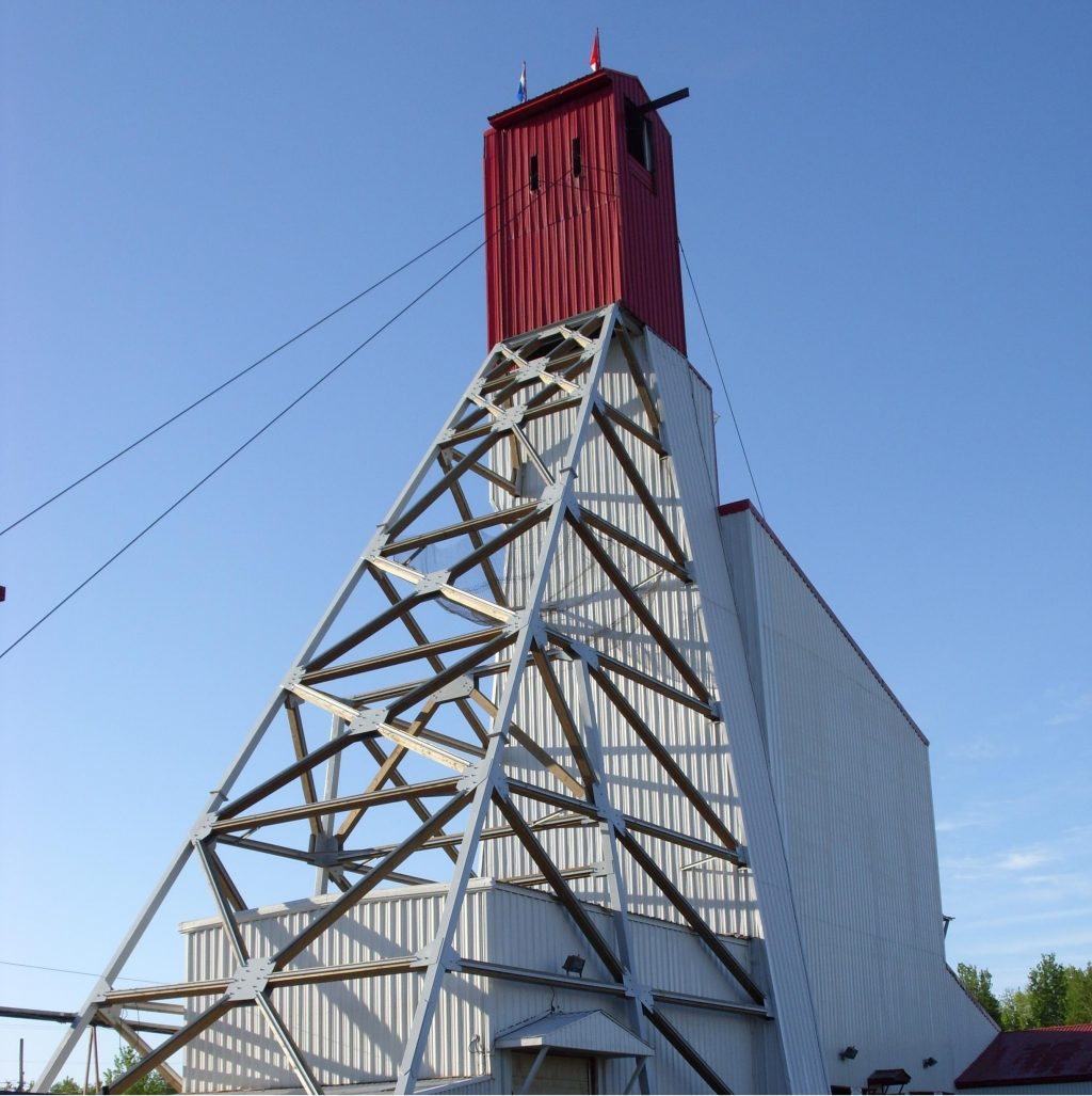 The headframe at Richmont Mines' Beaufor gold mine, 25 km northeast of Val d'Or, Que. Credit: Richmont Mines.