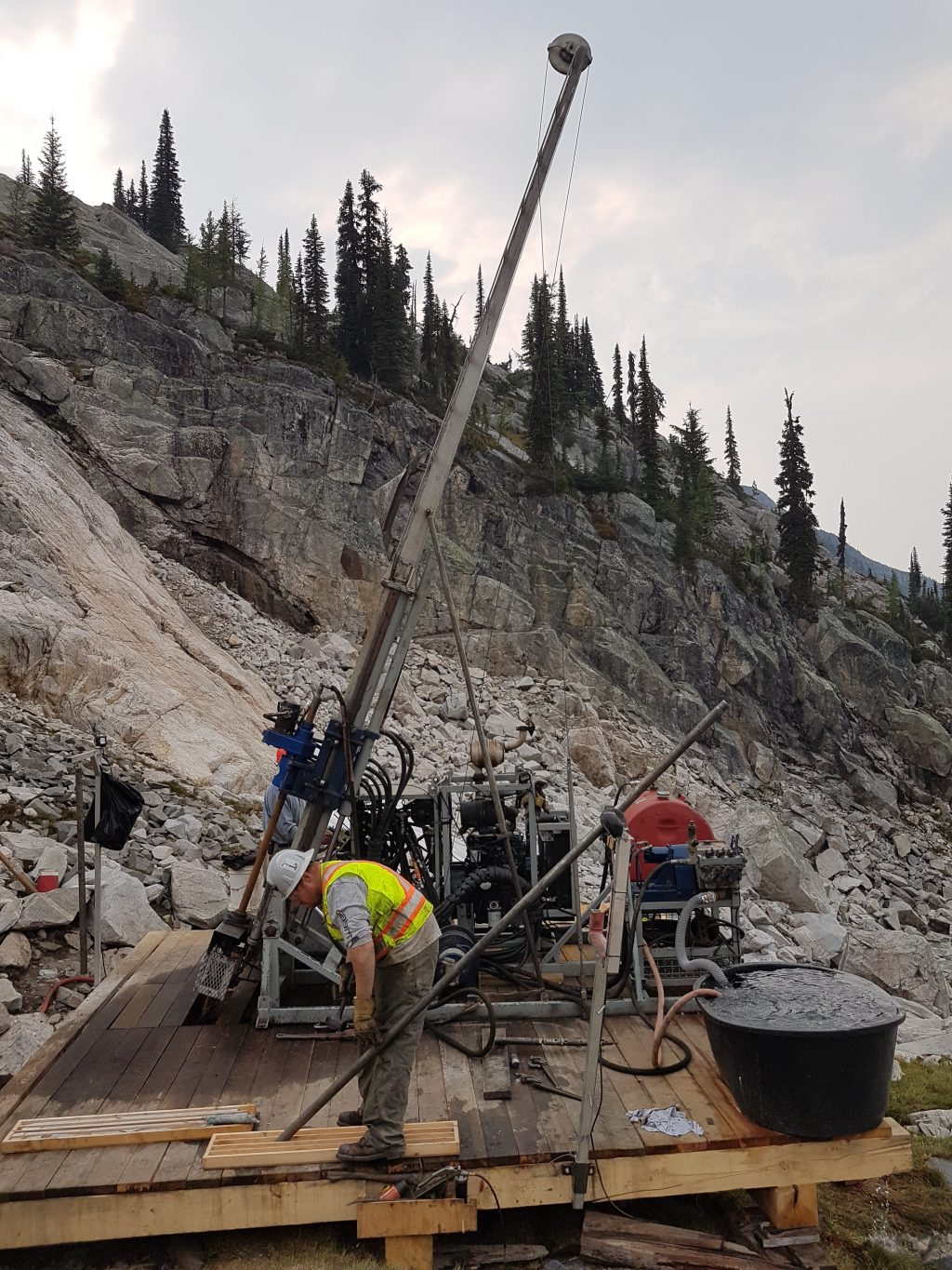Setting up the drill at Braveheart Resources Inc.'s Alpine Gold Mine project near Nelson, British Columbia. Credit: Braveheart Resources Inc.