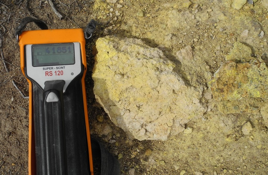 The company scans rock samples for radiation at the Ivana property in Argentina. Credit: Blue Sky Uranium.
