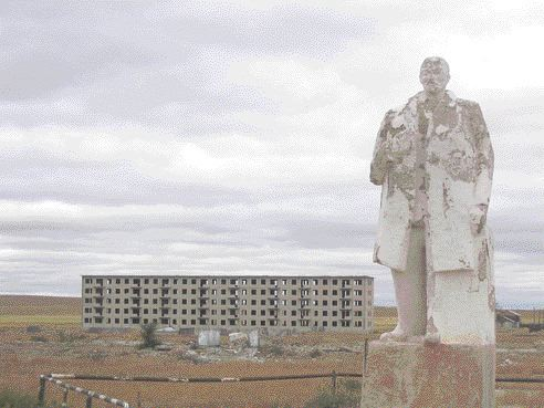 A weathered statue of Lenin in an abandoned Russian Red Army square in the northeastern Mongolian city of Choibalsan. Staff writer Stephen Stakiw looks at why Canadian junior Western Prospector Group is excited about reviving a Soviet-era uranium project in Mongolia.
