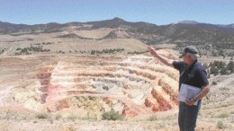 Gryphon Gold's vice-president of exploration, Steven Craig, describes a structural trend at the Borealis gold project in Nevada's Walker Lane trend.