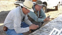 BY JAMES WHYTEAdrian Robles of Southern Silver and Chris Lloyd of Soltoro examine core from the Minas de Ameca project in central Jalisco state, Mexico.