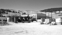 Great Basin Gold is purchasing Metallic Ventures Gold's Esmeralda processing plant in central Nevada, to process ore from its Hollister gold project, 460 km northeast.