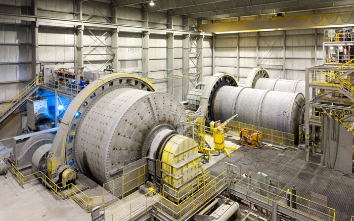 At Lac des Iles 15,000-tpd mill, ore is first crushed in a gyratory crusher and conveyed to a coarse ore stockpile. Credit: Graeme Oxby for North American Palladium