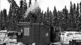 Drillers working in -40 C conditions at PC Gold's Pickle Crow gold project in northwestern Ontario. Photo credit: PC Gold