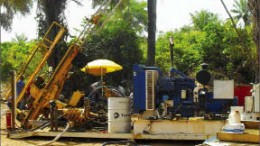 A drill rig at West African Iron Ore's Forcariah project in Guinea, 90 km southeast of the capital Conakry. Photo by West African Iron Ore