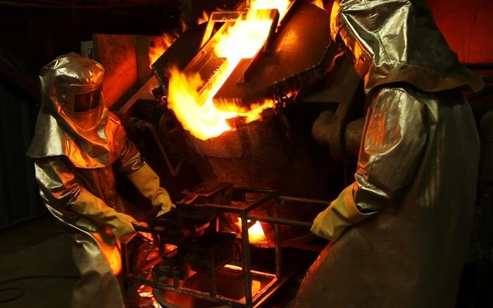 A gold pour at Claude Resources Seabee project. Credit: Claude Resources