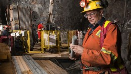 Geologist David Penna studies drill core at North American Palladium's Lac des Iles mine located in northwestern Ontario. Credit:  North American Palladium