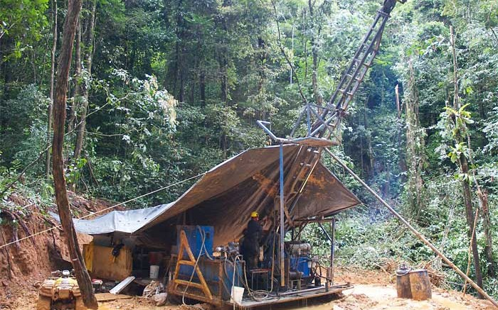 A drill rig at GoldSource Mines' Eagle Mountain gold project in Guyana. Credit:  GoldSource Mines