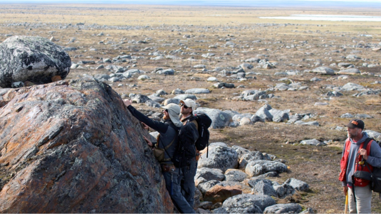 Geologists in the field at Auryn Resources' Committee Bay gold property in Nunavut. Credit: Auryn Resouces