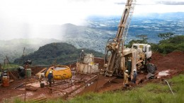 A drill crew at Rio Tinto's Simandou iron ore project in Guinea. Credit: Rio Tinto.