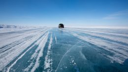The ice road to the Ekati and Diavik mines in the Northwest Territories. Credit: Dominion Diamond