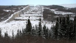 The spillway of the Robert-Bourassa dam in northern Quebec (formerly La Grande-2). Credit: Wikipedia.