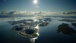 The Diavik diamond mine in Canada's Northwest Territories. Credit: Diavik Diamond Mines.