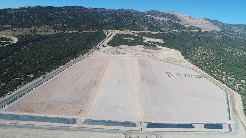 The completed heap-leach pad at McEwen Mining's Gold Bar gold mine in Nevada. Credit: McEwen Mining.