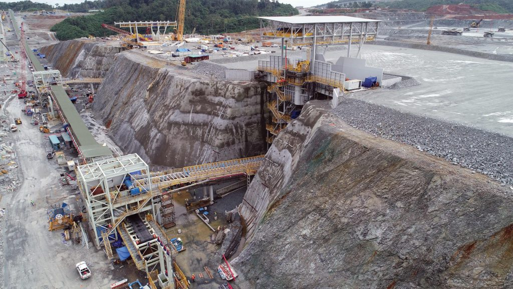 Primary crushers and a conveyor at First Quantum Minerals' Cobre Panama copper mine under construction in Panama. Credit: First Quantum Minerals.
