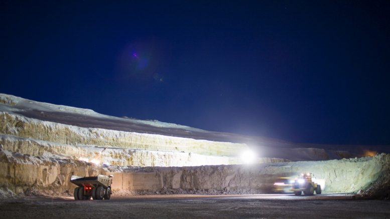 Canadian First Nation challenges DeBeers' mine waste plans